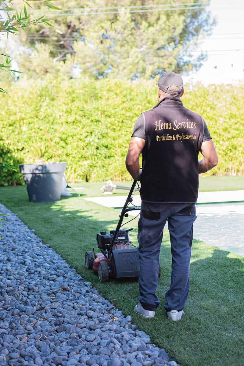 Trouver Un Jardinier A Domicile jardinage : où trouver un jardinier expérimenté pour taille